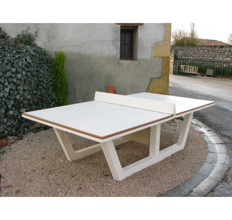 Mobilier b ton zoom sur la table de ping pong 4 4 net collectivit s - Table ping pong exterieur beton ...